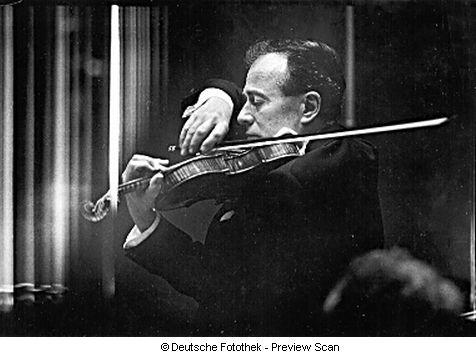 K. SZYMANOWSKI, Concerto No 2 Op. 61, H. SZERYNG, OSR, E. ANSERMET, 09.10.1963