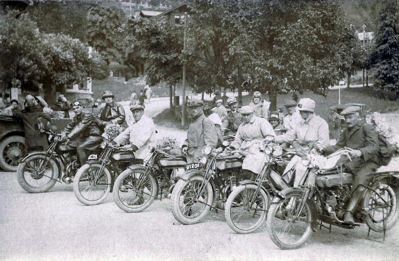 motos photos d'époque 50bd5d5b214ac337