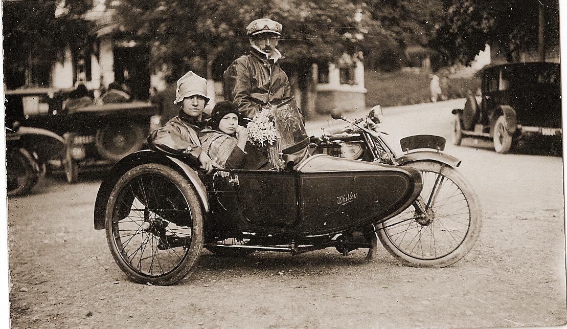 motos photos d'époque 5d16cf553645792a