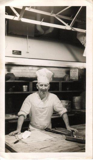 Arthur, boulanger à l'Hôtel Roosevelt, New York, 1929