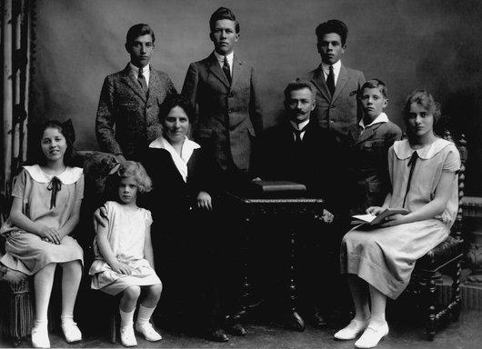 Destin de femme; ma grand-mère maternelle Sophie Grezet,  mère de sept enfants.