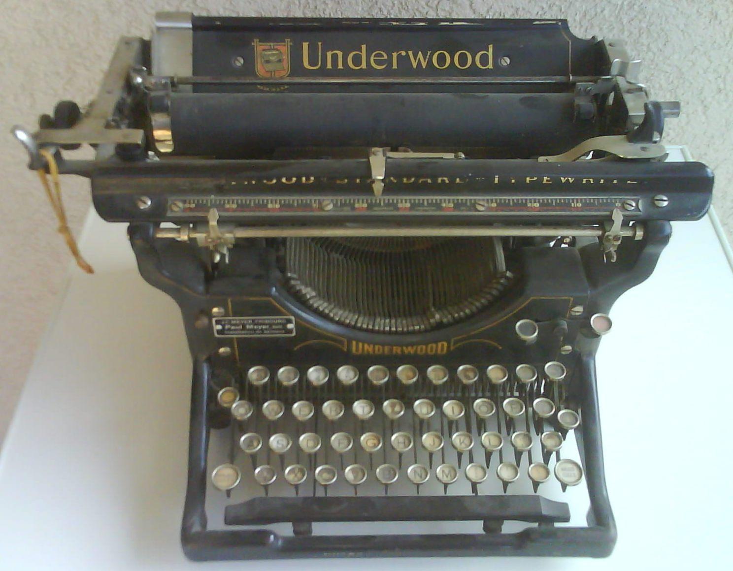 Machine crire notre histoire - Machine a ecrire underwood ...