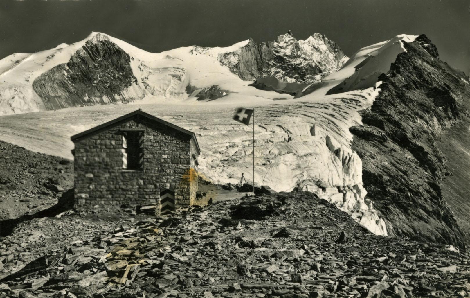 cabane tracuit c a s alt 3252 m notre histoire. Black Bedroom Furniture Sets. Home Design Ideas