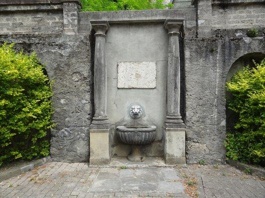 Fontaine de la source de l'Abbaye