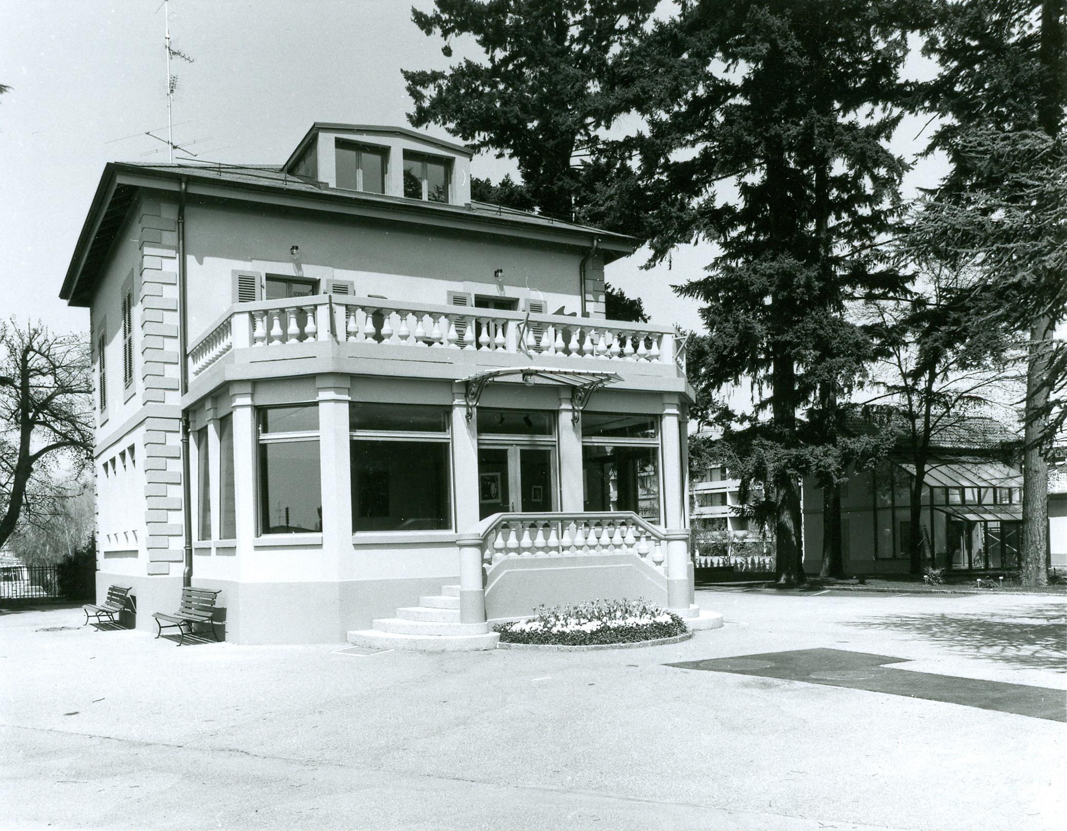 Villa du jardin alpin en 1984 notre histoire for Villa du jardin sentosa
