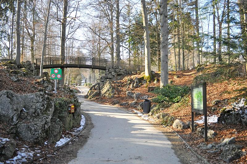 Entrée du parc zoologique du Bois du Petit Ch u00e2teauà La Chaux de Fonds Notre Histoire # Chateau Du Petit Bois