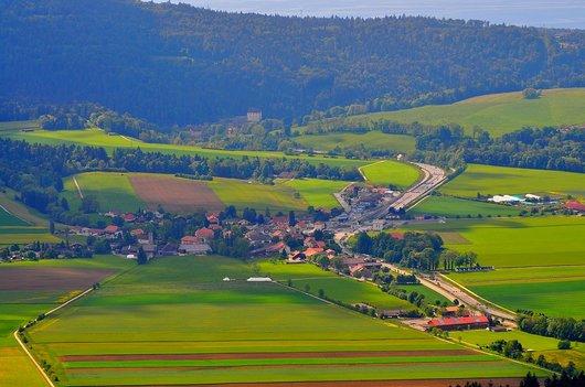 Le village de Boudevilliers dans le Val-de-Ruz