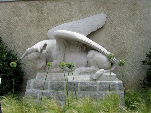 Lausanne Taureau de Saint-Luc E.-M. Sandoz