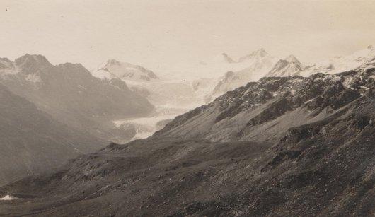 De l'alpage de Torrent, glacier de Moiry, Grand Cornier et Dent blanche