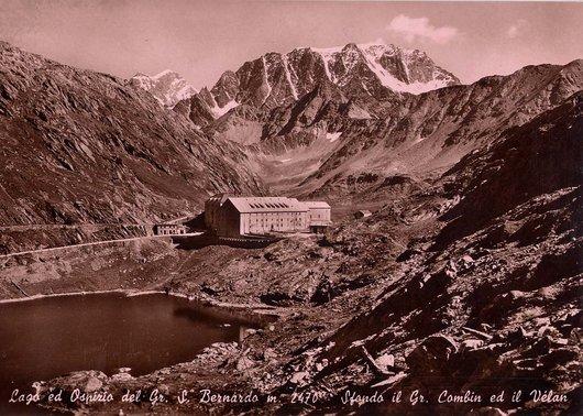 Col Saint Bernard.. en couleur