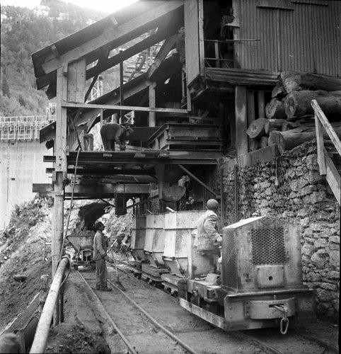 Construction du barrage du Châtelot