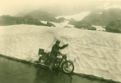 Quelque part en Suisse 1954