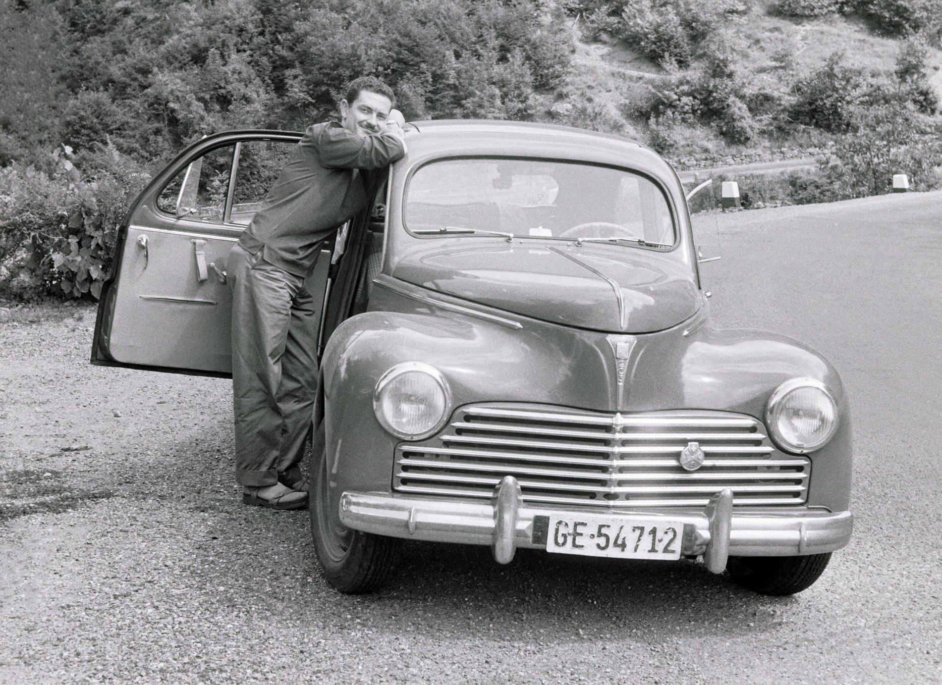 Mon père et sa Peugeot 203