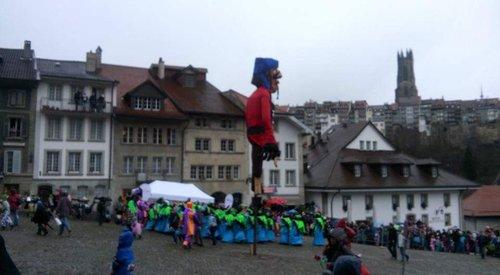 Le Rababou des enfants du 48ème Carnaval des Bolzes 2016 à Fribourg