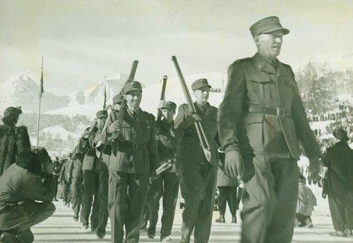 Aux Jeux Olympiques de Saint-Moritz en 1948