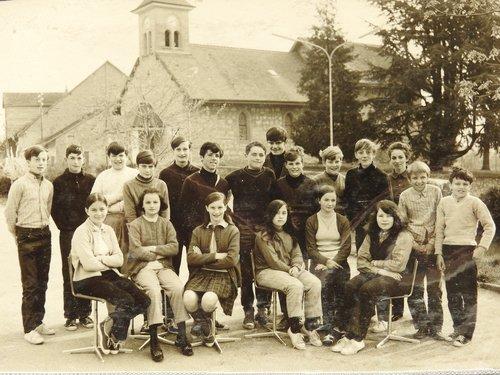 Oulens classe école 1970