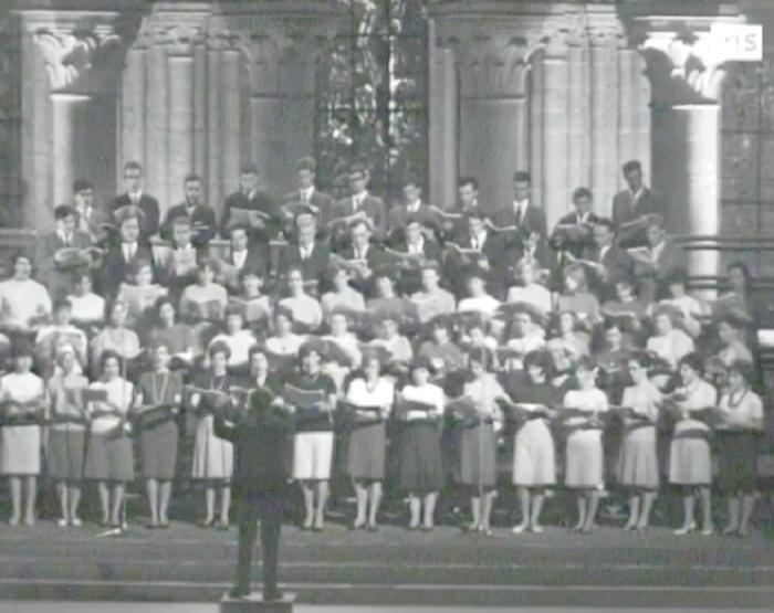BACH, Motet «Fürchte dich nicht, ich bin bei dir» (Ne crains rien, je suis auprès de toi), Motet funèbre pour double choeur, BWV 228, Bach par le CHOEUR DE L'UNIVERSITÉ DE LAUSANNE et Michel CORBOZ, Cathédrale de Lausanne, RTS, 25 mai 1966, cliquer pour une vue agrandie