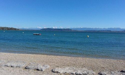 Les Alpes vues de la plage de Hauterive_731