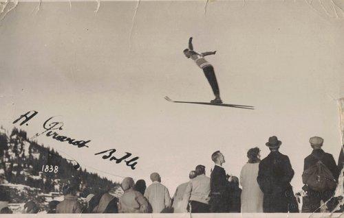 Sauteur à skis