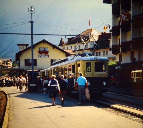 Grindelwald, train électrique N:55