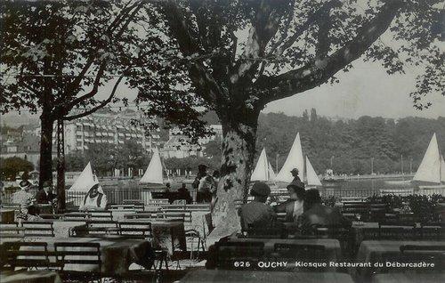 Lausanne Ouchy la terrasse du débarcadère
