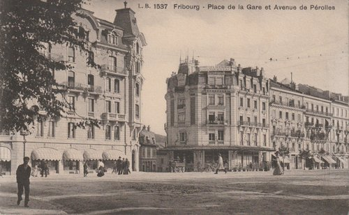 Fribourg-Place de la Gare et Avenue de Pérolles