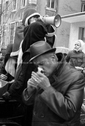 Visite du Père Noël. La Chaux-de-Fonds, 1974