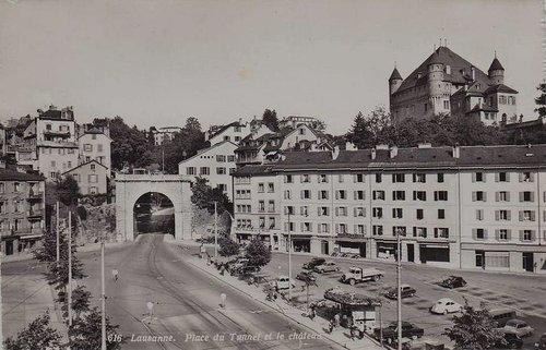 Lausanne place du Tunnel