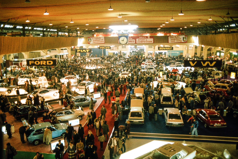 Gen ve le salon de l 39 auto 1979 notre histoire for Offre d emploi salon de l auto geneve