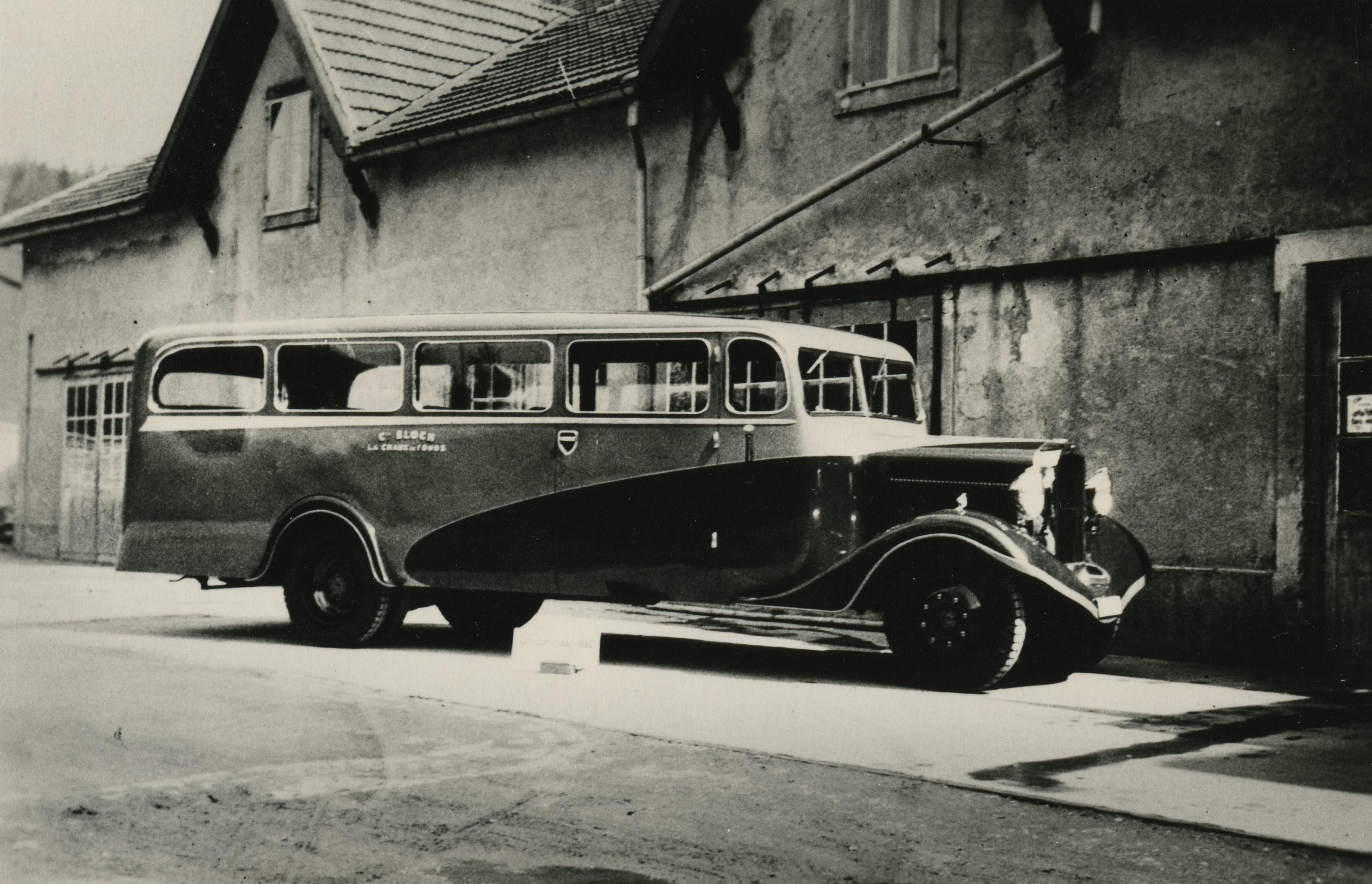 Le car touristique