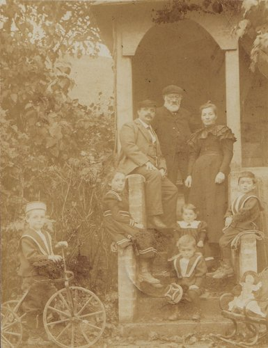 Famille 1900