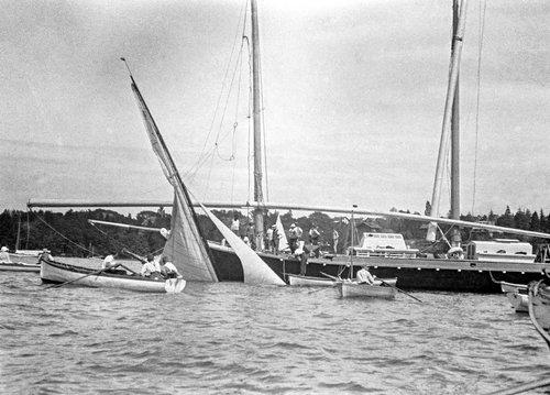 Genève, un voilier a coulé