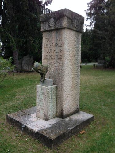 Monument Léon Nicole