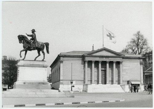 Musée Rath (édifice public): siège de l'AIPG, octobre 1914- décembre 1919; annexe de l'Agence centrale des prisonniers de guerre durant la Seconde Guerre mondiale