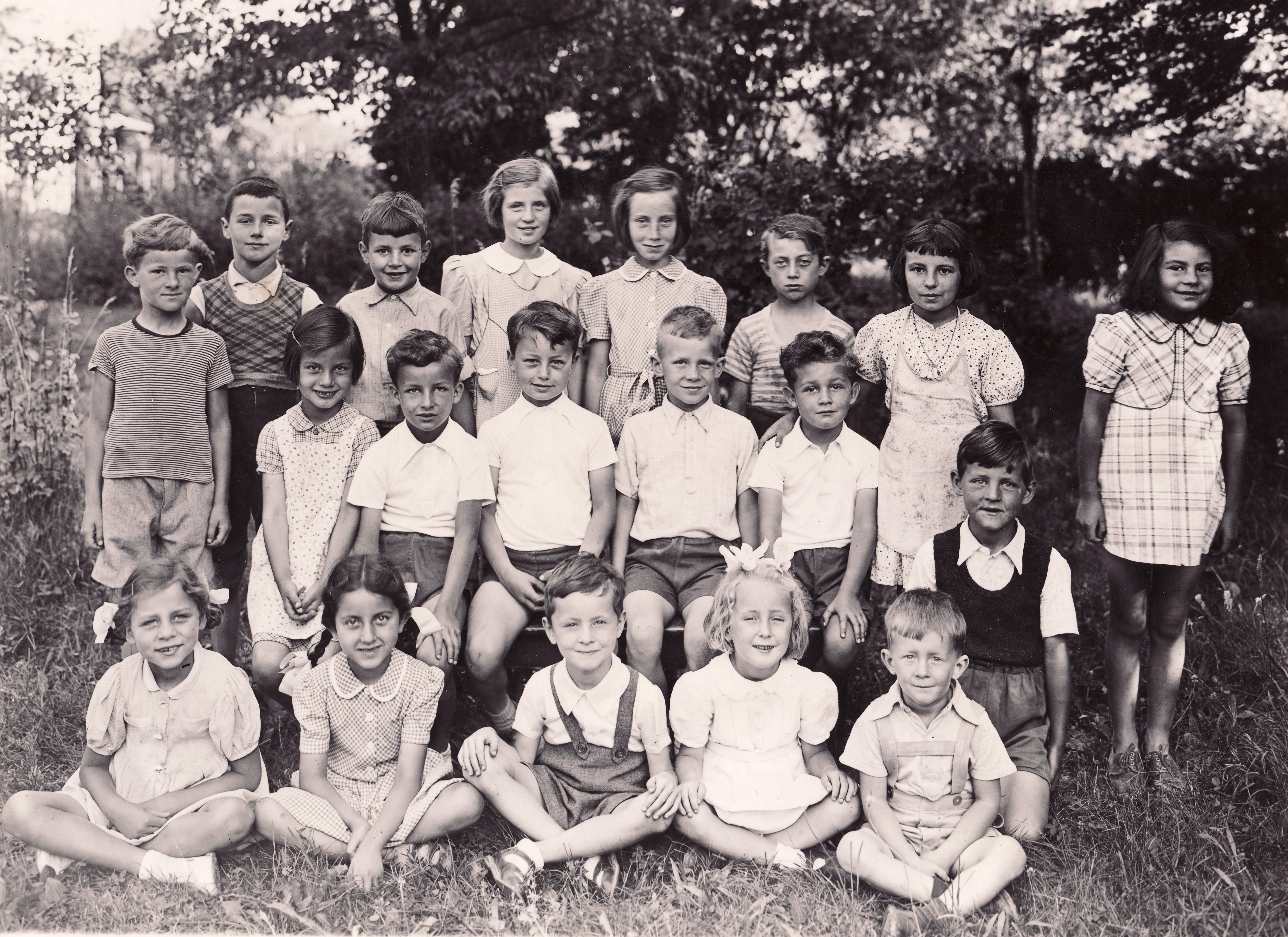 Écoliers de la 3ème enfantine, école de Jussy Genève
